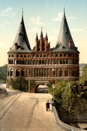 * Lübeck - Holstentor